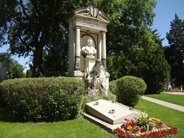 Wiener Stadtstpaziergänge Wiener Zentralfriedhof