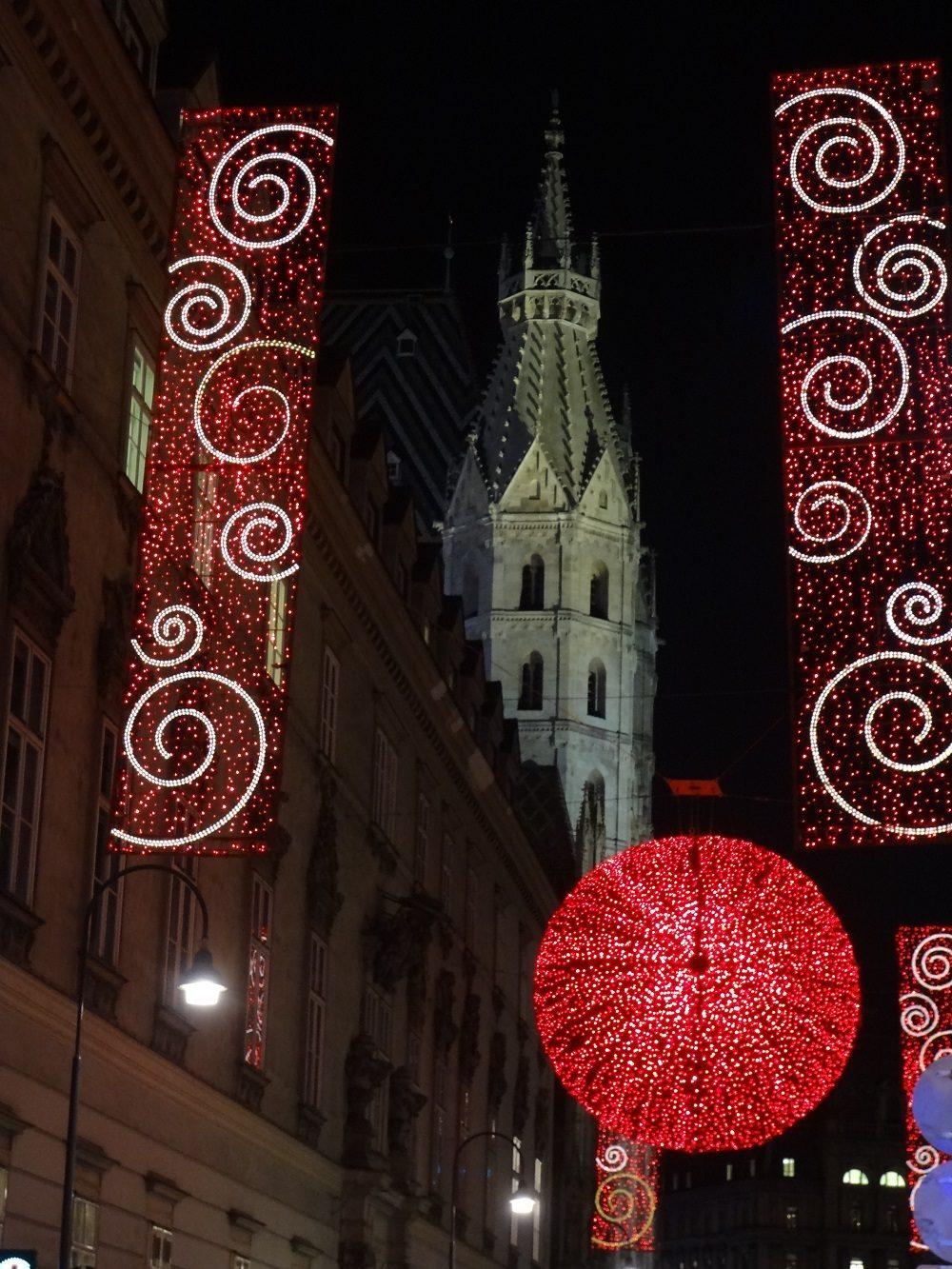 Weihnachtsbeleuchtung-Wien Rotensturmstraße Heidenturm