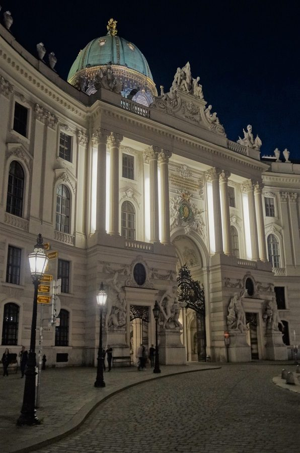 Abendspaziergang Wien Michaelerplatz